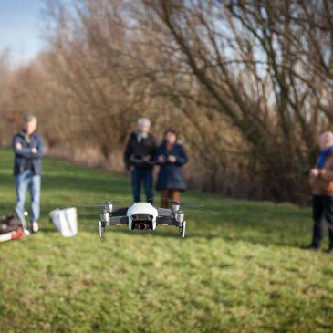Themagroep Drone fotografie ziet ze vliegen